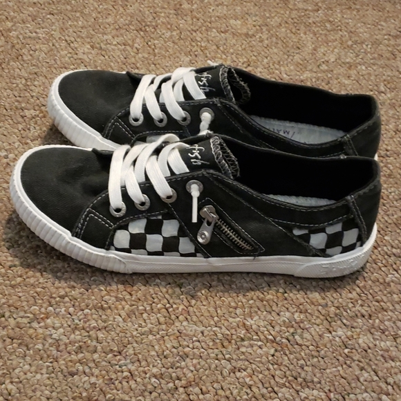 Blowfish Shoes | Black White Checkered